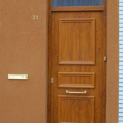 Presence Classic voordeur type Charente in houtimitatie Renolitfolie met bovenlicht