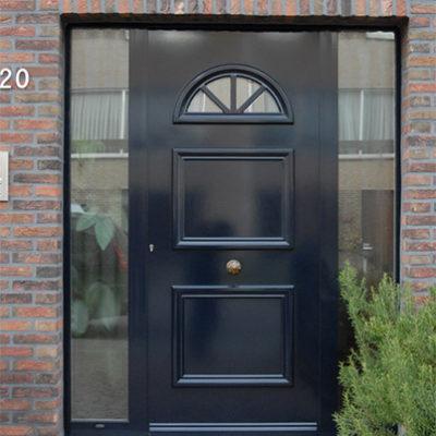 Presence Classic voordeur type Vaucluse met 2 zijlichten